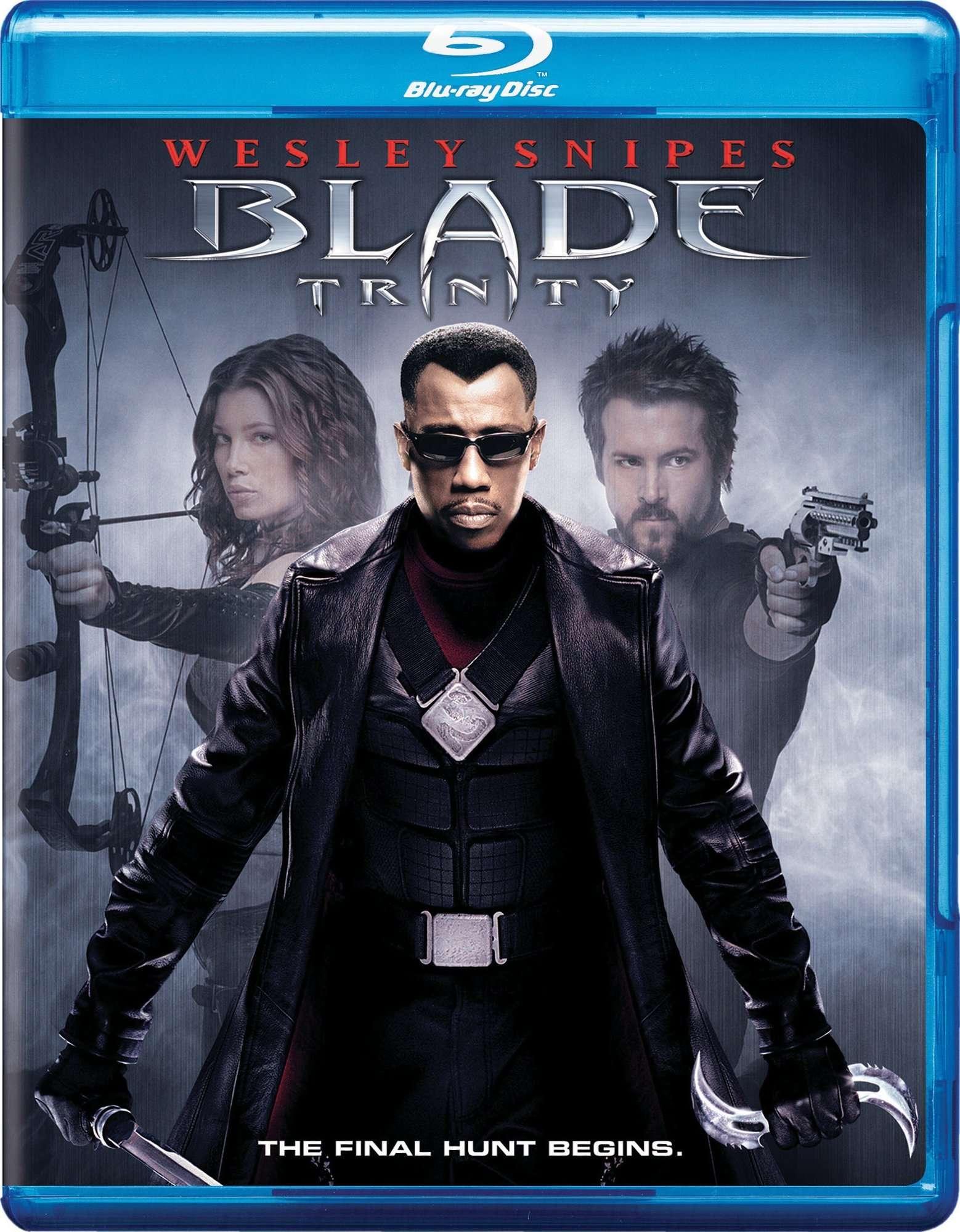 BLADE Trinity (2004) 720p BluRay 850MB - ShAaNiG