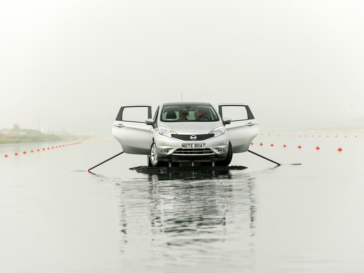 Nissan Note Boat